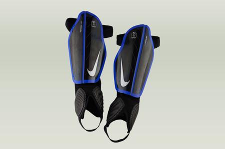 Ochraniacze Nike Protegga Flex (SP0313-015)